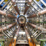 ¿Cómo se forma un agujero negro? ¿Podría un acelerador de partículas producir uno?